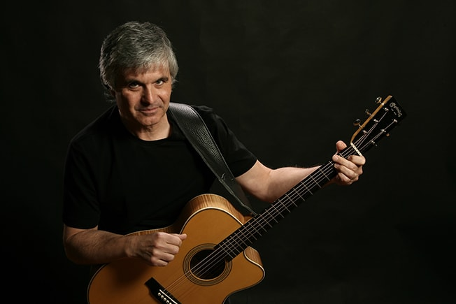 INTERVIEW: Laurence Juber